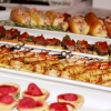 passed hors d\'oeuvres, shrimp, lobster roll, filet crostini
